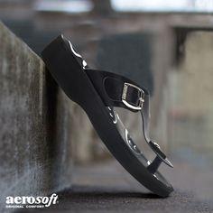 776df3a131707 Emoji - Women's T Strap Sandals - A0892 - Original Aerosoft
