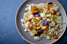 sałatka z komosy ryżowej Acai Bowl, Oatmeal, Breakfast, Food, Acai Berry Bowl, The Oatmeal, Morning Coffee, Rolled Oats, Essen