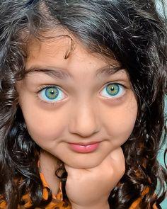 Romantic Couples Photography, Children Photography Poses, Cute Kids Photography, Baby Girl Photography, Cute Baby Girl Pictures, Cute Girls, Cute Baby Girl Wallpaper, Cute Baby Videos, Beauty Full Girl