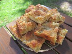 Herkkuja leipomassa: Raparperipiirakka Omarmurulla/Rhubarb Pie With Oma. Rhubarb Pie, Apple Pie, Desserts, Food, Apple Cobbler, Deserts, Apple Pies, Dessert, Meals