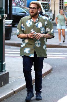 Charting Jonah Hill's Rise To Streetwear Style Icon Kanye West, Plus Size Men, Jonah Hill, Men Style Tips, Moda Plus, Mens Fashion, Fashion Tips, Street Wear, Menswear