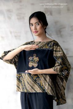 Batik Amarillis made in Indonesia Blouse Batik, Batik Dress, Malaysian Batik, Batik Kebaya, Amarillis, Batik Pattern, Batik Fashion, Simple Shirts, Couture