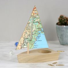 Personalised map location sailing boat desk tidy