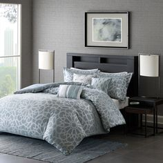 The Madison Park Cecilia Duvet Cover Set provides a bold new statement in your space. A soft blue is woven with a silver metallic creating this glamorous geometric medallion motif. Three decorative pi