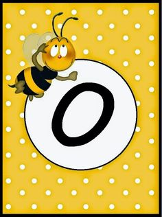 BulutsMom: Arı Temalı Doğum Günü Banner Harfleri School Book Covers, School Frame, Bee Party, Bee Theme, Alphabet And Numbers, Name Cards, Initials, Symbols, Letters