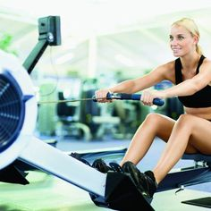 Looking for a cardio workout that can double as your strength training routine? This rowing machine workout plan gives you a total body workout and burns 50 percent more calories than the elliptical. La Fitness Gym, Fitness Tips, Fitness Motivation, Fitness Models, Rowing Workout, Cardio Workouts, Weight Workouts, Body Workouts, Hiit