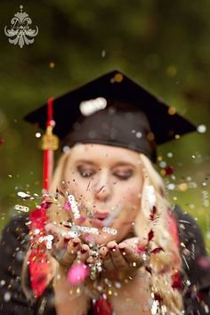 Beautiful Graduation Cap and Gown Pictures Ideas Compilation