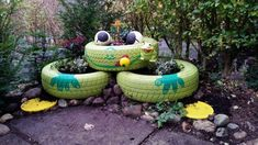 60 great gardening ideas for your kids! Tire Pond, Outdoor Learning, Garden Design, Backyard, Outdoor Decor, Kids, Gardening, Design Ideas, Tyre Furniture