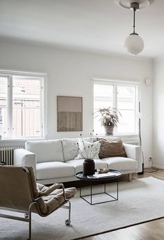 Home in natural colors - via Coco Lapine Design blog  (coffee table))