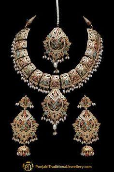 Hand Jewelry, Jewelry Sets, India Jewelry, Gold Jewellery, Hyderabadi Jewelry, Rajputi Jewellery, Necklace Designs, Necklace Set, Wedding Jewelry