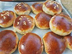 Orechovo-čokoládové koláče (fotorecept) - Recept Bread Dough Recipe, Muffin Bread, Great British Bake Off, Ciabatta, Sweet Bread, Pretzel Bites, Muffins, Food And Drink, Cooking Recipes