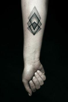 vorlagen simpel unterarm tattoo geometrisch