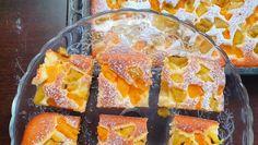 Fantastická smotanová bublanina Yummy World, Waffles, Sweets, Diet, Breakfast, Food, Sweet Pastries, Morning Coffee, Meal