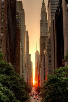 Manhattanhenge, by: Justin Kiner ∞