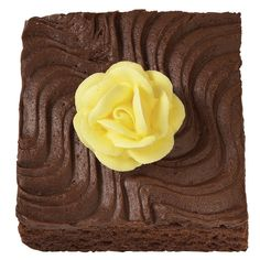 Add a touch of class to classic brownies with a colorful Wilton Rose. The Brownie Boutonniere is perfect for showers, wedding sweet tables and Mother?s Day treats.