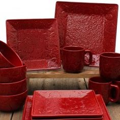 Savannah Floral Stoneware 16 Piece Set in Red Red Dinnerware, Western Kitchen, Country Kitchen, Red Plates, Western Decor, Fort Western, Western Style, Square Plates, Home Decor Kitchen