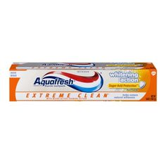 Aquafresh Whitening Action Toothpaste Extreme Clean Mint Blast, 5.6 OZ, Multicolor