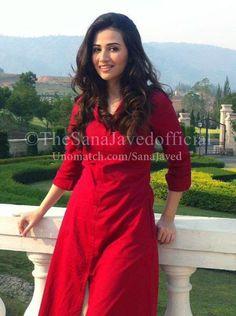 Sana Javed  Like : www.unomatch.com/sanajaved  #sanajaved #pakistani #tvactress #actress #fashionmodel #knownherbestrole #pyareafzal #unomatch #fans #sanajavedpersonalbiography #family #career #instagram
