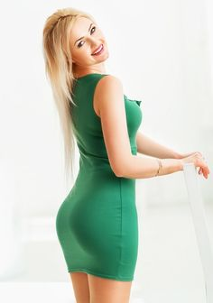 beautiful single russian women compete online Over 10,000 personal ads of beautiful russian women how not to fall victim to scam this online dating service established in 1997 in moscow.
