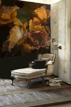 "Diana Watson ""rose"" painting making a romantic wall covering behind a day bed… Deco Addict, Home And Deco, Wall Treatments, Decoration, Interior Inspiration, Inspiration Design, Design Ideas, Design Trends, Wall Murals"