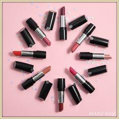 Disfruta los nuevos labiales en Gel   semi-Matte Kay ® esta disponible en varios tonos y a tus labios les va a encantar.