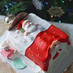 Christmas Cake Designs, Christmas Cake Decorations, Christmas Desserts, Christmas Cakes, Holiday Foods, Christmas Goodies, Christmas Decor, Xmas, Santa Cake