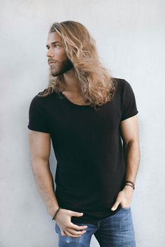 Ben Dahlhaus Mehr - inspiration for Andaric in Untamed Barbarian by Jayla Jasso Gorgeous Men, Beautiful People, Ben Dahlhaus, Hair And Beard Styles, Long Hair Styles, Look Man, Man Bun, Facial Hair, Bearded Men