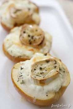 Pommes farcies au Chevre (apples stuffed with goat cheese)