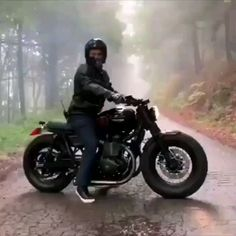 From the moment I have written concerning Royal Enfield Bullet Café Super, I'd been wondering. Indian Motorcycles, Triumph Motorcycles, Custom Motorcycles, Custom Bikes, Custom Bobber, Custom Baggers, Custom Choppers, Vintage Motorcycles, Enfield Motorcycle