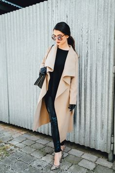 70bef0315218 camel coat Fall Winter Outfits