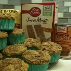 1 bx Spice cake mix, 1 can pumpkin, b. Preheat oven Mix can of pumpkin w/cake mix, pour into greased muffin pan.Sprinkle with brown sugar &pat down. Breakfast Dessert, Dessert Drinks, Desserts, Low Fat Cooking, Pumpkin Spice Muffins, Spice Cake Mix, Sweets Cake, Pumpkin Dessert, Naan