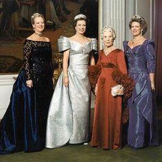 Look! The Greek Royal Family @royal_greece Instagram photos | Websta