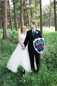 legend of zelda wedding, video game wedding, carrie swails photography, pines at genesee, denver wedding, colorado wedding, bride and groom, shield