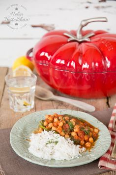 An easy recipe for a spicy tomato chickpea casserole.  Vegan too.