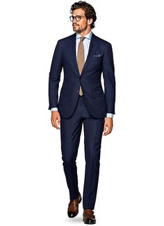 Suitsupply Suits: Soft-shoulders, great construction with a slim fit—our tailored, washed and formal suits are ideal for any situation. Blue Suit Brown Shoes, Blue Suit Men, Navy Blue Suit, Blue Suits, Blue Brown, Grey Suit Combinations, Black Tie Tuxedo, Grey Tux, Suit Supply