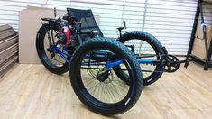 Metallic Blue UT Custom Fat Tad Crawler with Honda 4 Stroke Gas Engine Electric Trike, Tricycle Bike, Custom Trikes, Tandem Bicycle, Small Engine, Metallic Blue, Bicycle Design, Honda, Engineering