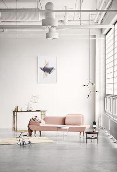 Adorable 99+ Elegant and Modern Industrial Furniture for Your Living Room https://homearchite.com/2017/06/05/99-elegant-modern-industrial-furniture-livingroom/