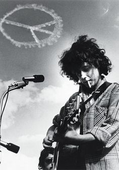 "Arlo Guthrie's memorable Woodstock performance which began with ""Coming into Los Angeles"" and ended into a psychedelic muddle is still seen as a memorable moment at Woodstock."