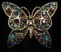 "Striking Vtg 2-1/4"" Signed Hollycraft Gold Tone Rhinestone Butterfly Brooch A18"