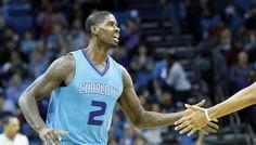 Charlotte : Marvin Williams absent une semaine -  Face aux Knicks, les Hornets se sont présentés avec un cinq inédit. A l'arrière, Jeremy Lamb avait remplacé Nicolas Batum, tandis que Frank Kaminsky avait pris la place de Marvin… Lire la suite»  http://www.basketusa.com/wp-content/uploads/2016/11/marvin-williams-hornets-570x325.jpg - Par http://www.78682homes.com/charlotte-marvin-williams-absent-une-semaine homms2013