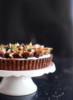 Fíkovo-ostružinový podzimní koláč   Veganotic