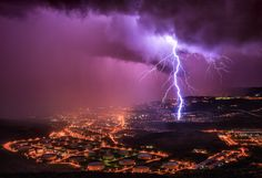 Storm chaser Mark Korosec took this super photo of lightning over Trieste, Italy. Using his skills as a professional meteorologist, the Slov. Trieste, Natural Phenomena, Natural Disasters, Slow Shutter Speed Photography, Lightning Images, Lightning Strikes, Lightning Storms, Lightning Map, Purple Lightning