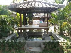 Balinese style Balinese Garden, Bali Style, Bali Fashion, My Dream, Pergola, Home And Garden, Backyard, Outdoor Structures, Exterior Homes