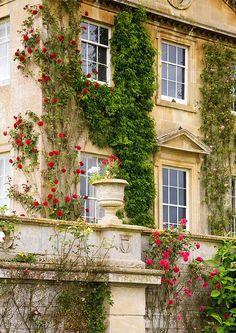 Bowood Manor
