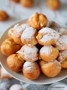 paczki-z-ciasta-parzonego-nadziewane-kremem-budyniowym Tyga, Pretzel Bites, Sweets, Bread, Food, Diet, Gummi Candy, Candy, Brot
