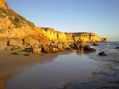 #Beach Praia do Porto de Mós, Algarve, Portugal   via http://blog.turismodoalgarve.pt