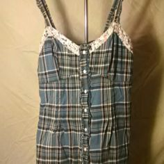 Top plaid with a flower trim Cute tank Charlotte Russe Tops Tank Tops