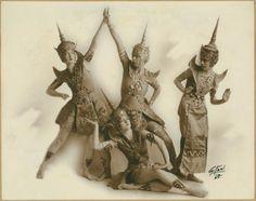 Ruth St. Denis with Doris Humphrey, Betty Horst, Edna Malone in Siamese Ballet. (1918)