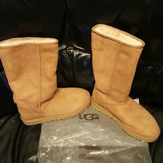 Ugg Chestnut Tall Boots Chestnut. Occasionally worn. Good condition. UGG Shoes