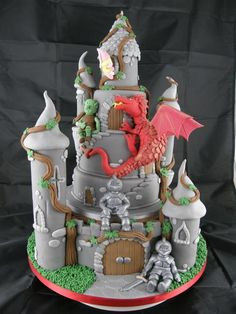 castle cake with a dragon climbing the turrets! Crazy Cakes, Fancy Cakes, Cute Cakes, Beautiful Cakes, Amazing Cakes, Castle Birthday Cakes, Castle Party, Fantasy Cake, Dragon Cakes